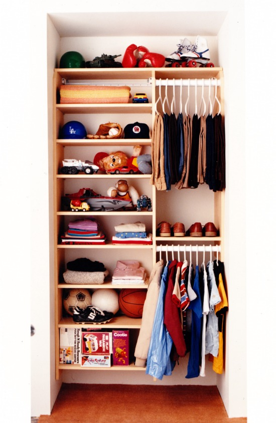 kids built in wardrobe